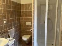Koupelna 1 - chata k pronájmu Horní Maršov