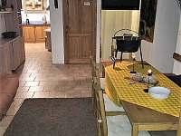 Společenská místnost - chata ubytování Horní Maršov