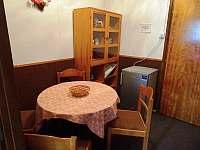 jídelní kout pokoje v patře - Harrachov