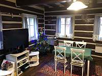 Obývací pokoj - chalupa k pronájmu Jablonec nad Jizerou