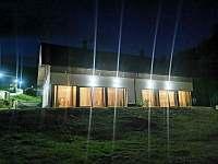 Dalihory v noci - apartmán ubytování Černý Důl