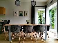 Jídelní stůl ap.B - Černý Důl