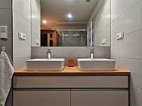 Koupelna v přízemí - Černý Důl