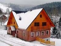 Apartmánový dům Rozárka - pohled od cesty