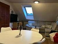 Obýváček - pronájem apartmánu Lánov