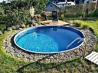 Bazén - chalupa ubytování Hostinné