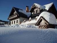 Penzion v zimě.