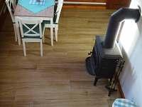 Obývací část ze schodiště