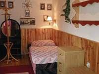 2 ložnice - pronájem chalupy Háje nad Jizerou - Loukov