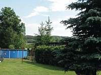 nadzemní bazen - chalupa k pronajmutí Háje nad Jizerou - Loukov