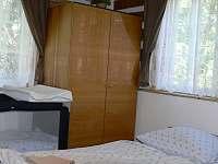ložnice - chata k pronajmutí Rudník
