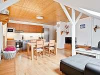 Obývací pokoj - apartmán k pronájmu Čistá v Krkonoších