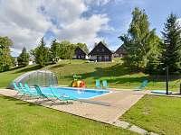 bazén - chata ubytování Čistá