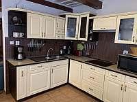 Kuchyň - chalupa ubytování Nemojov - Starobucké Debrné