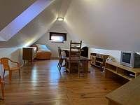 Ložnice v podkroví 3 - Nemojov - Starobucké Debrné