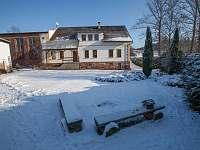 Pohled ze zahrady v zimě - Rudník - Javorník