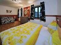 ložnice velká 2 + 2 - pronájem apartmánu Dolní Lysečiny