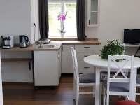 Kuchyň je vybavena kávovarem, toustovačem a varnou konvicí - Svoboda nad Úpou