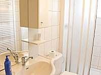 Velký apartmán s koupelnou a WC - chalupa k pronájmu Rokytnice nad Jizerou