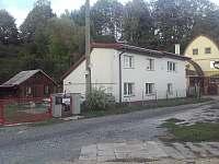 Chaty a chalupy Trutnov - Pekelský rybník v apartmánu na horách - Prostřední Staré Buky