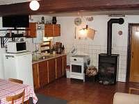 kuchyň - chalupa k pronajmutí Jablonec nad Jizerou