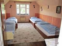 ložnice v podkroví vpravo - 4 lůžka