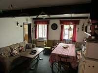 společenská místnost - chalupa ubytování Jablonec nad Jizerou