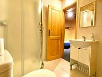 Bouda Bournak Krkonose koupelna zapad 1 - Velká Úpa