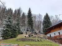 okolí domu - chata k pronajmutí Janské Lázně