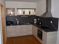 Kuchyně - pronájem chalupy Harrachov