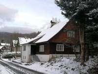 Chalupa Rokytnice nad Jizerou v zimě - pronájem