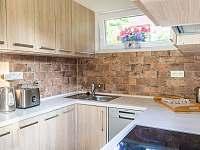 kuchyň - chata k pronajmutí Oblanov