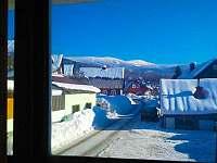 Výhled z ložnice v patře na Lysou horu (1 344 m.n.m.) a Kotel (1 435 m.n.m.)