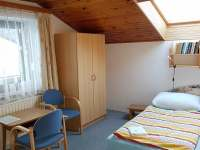 Pokoj č. 2 NP - Sklenařice