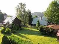 výhled na zahradu - ubytování Sklenařice