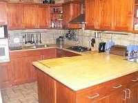 Kuchyn - chalupa k pronajmutí Lánov