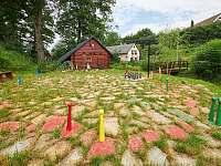 kuželky a zahradní člověče - srub k pronájmu Trutnov - Bojiště