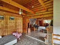 Obývací pokoj 2 lezecká stěna