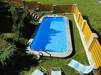 bazén - chata ubytování Poniklá