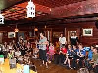 Starý bar a mládí