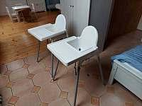 Dětské jídelní židličky. - Bukovina u Pecky