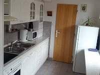 Kuchyň - přízemí - rekreační dům k pronájmu Svoboda nad Úpou
