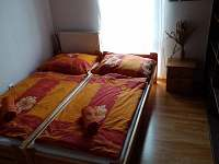 Pokoj v horním patře - 2 lůžka