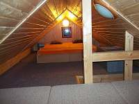 Mezonet.ložnice apart.2 - chalupa k pronájmu Jestřabí v Krkonoších - Křížlice