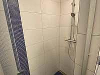 Koupelna, pokoje v prvním patře - Rudník