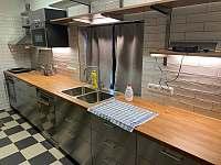 Kuchyně - chalupa k pronajmutí Rudník