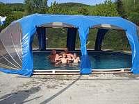 Zwembad - Šonov