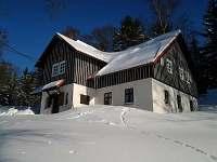 Maruška v zimě - chalupa ubytování Vítkovice v Krkonoších