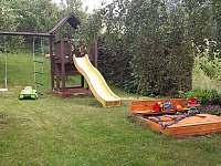 Zahrada - pronájem apartmánu Benecko - Štěpanická Lhota