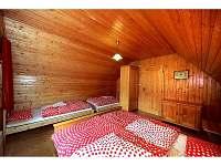 Rodinná ložnice v podkroví pro čtyři